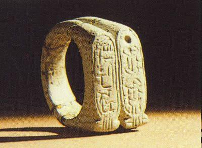 aliança-usada-pelos-egipcios-antes-de-cristo