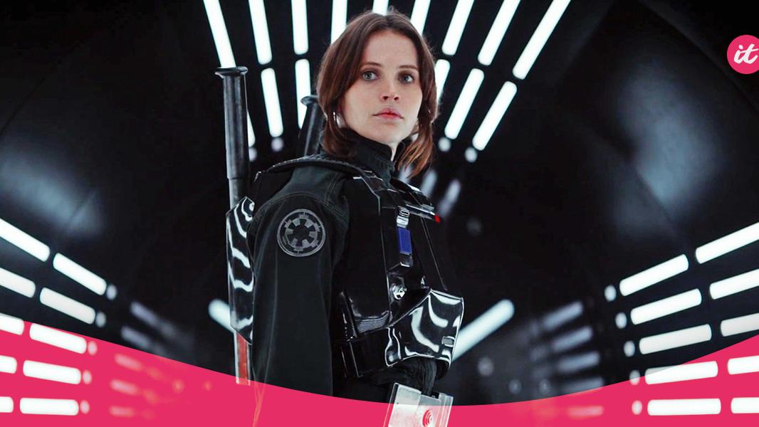 """Dentre pontos negativos e positivos, """"Rogue One"""" faz os fãs pularem de surpresa da cadeira."""