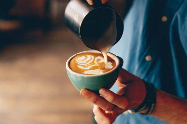 Difference between flat white and cappuccino | What Is a Flat White & How Is It Different From a Latte?