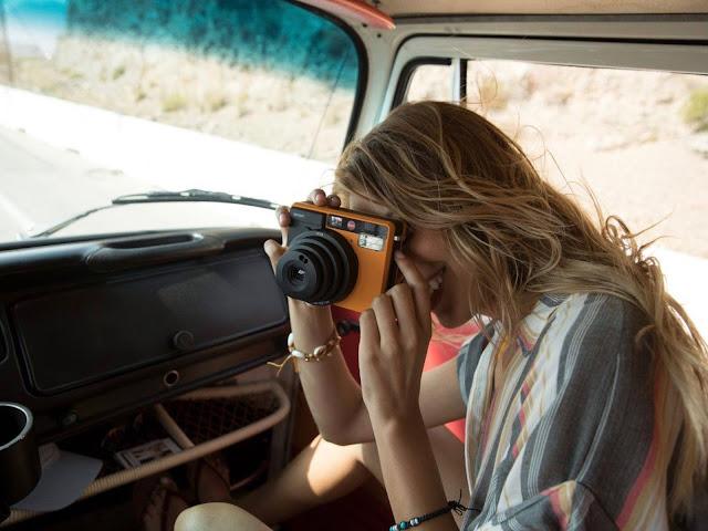 Leica 推出奢華即可拍相機 Sofort