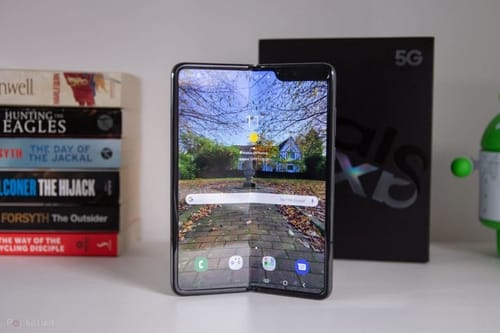 Galaxy Fold gets some features from the Galaxy Z Fold 2