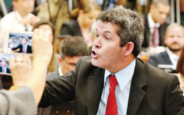 'A Bahia é um lixo governado pelo PT', diz líder do PSL; veja vídeo