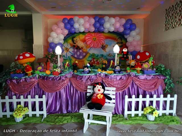 Mesa temática tradicional luxo de tecido - Decoração de aniversário Jardim Encantado para festa infantil feminina