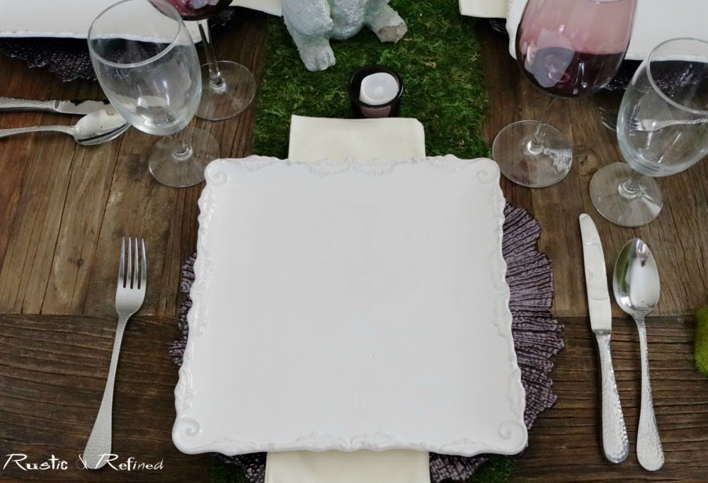 Spring Decor Tablescape that is simple, classic and timeless