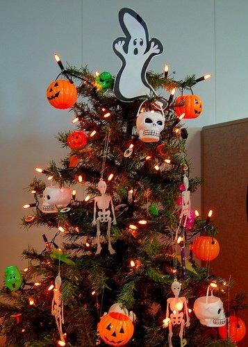 Christmas Halloween.The Spooky Vegan 13 Days Of Creepmas Halloween Christmas