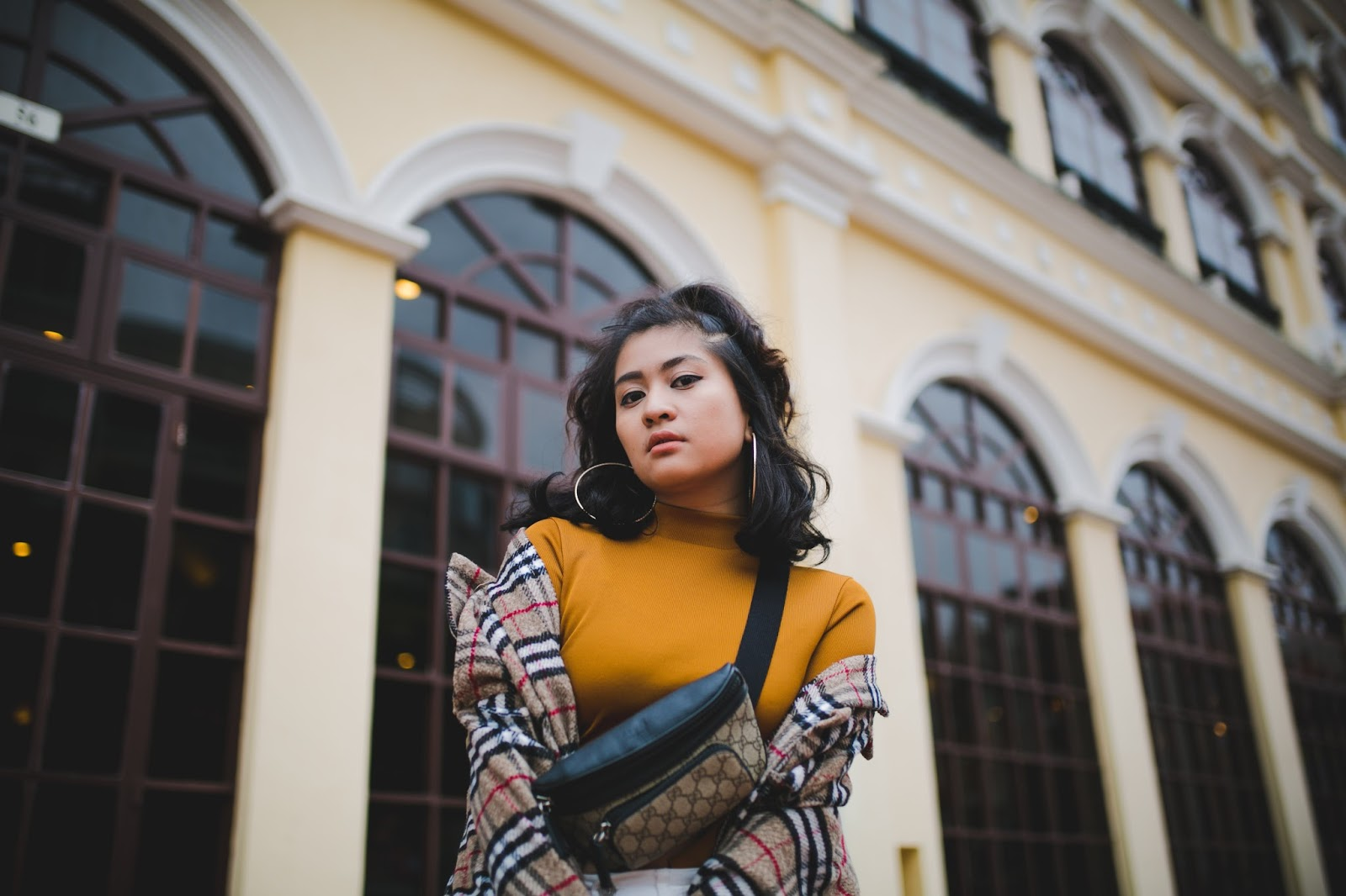 Macau Fashion blogger wearing burberry and gucci