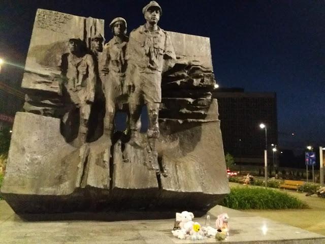 monumento a los insurgentes Katowice