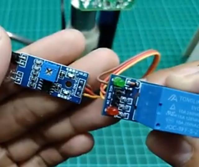 Skema Penyambungan Sensor Halangan dengan Modul Relay