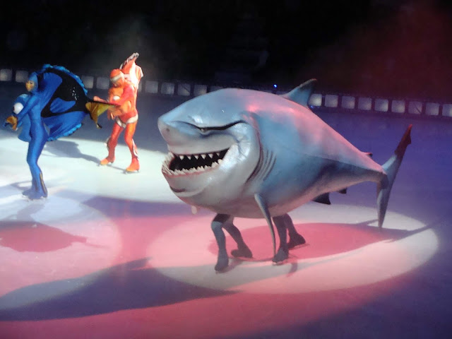 Bruce Finding Nemo Disney On Ice