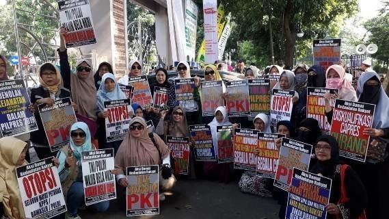 Umat Islam Gelar Aksi Tolak Penangkapan Ketua GNPF Ulama Bogor