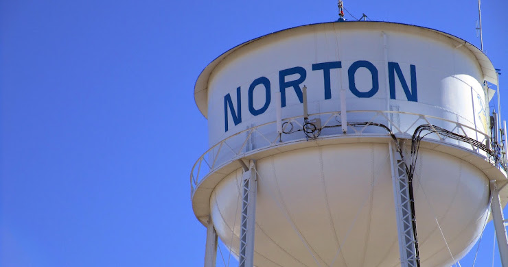 Days 2 and 3 of Driving: Norton, KS to Milwaukee, WI (14 pictures)