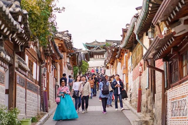 7 Fakta Menarik Kawasan Tradisional Bukchon Hanok Village Korea Selatan