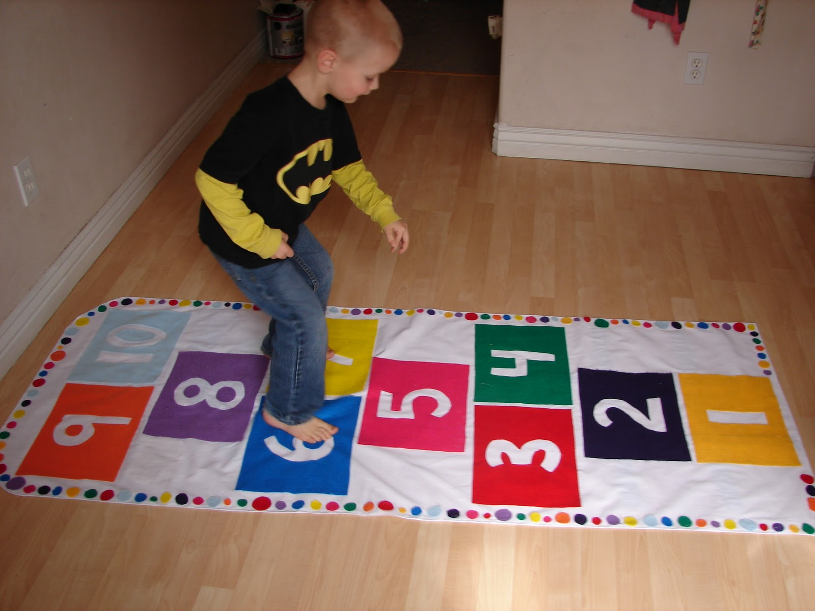 Hopscotch Play Mat by A Girl and a Glue Gun - The Idea Room
