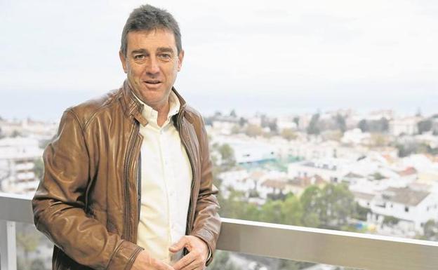 """Rocio Monasterio recibe el premio """"Corazón de Piedra"""" de la asociación que preside el director de I+D+I  de la Junta de Andalucía que gobierna el Partido Popular con el apoyo de VOX"""