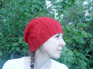 шапка спицами Favorki
