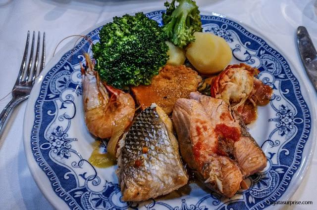 cataplana de mariscos, prato típico português
