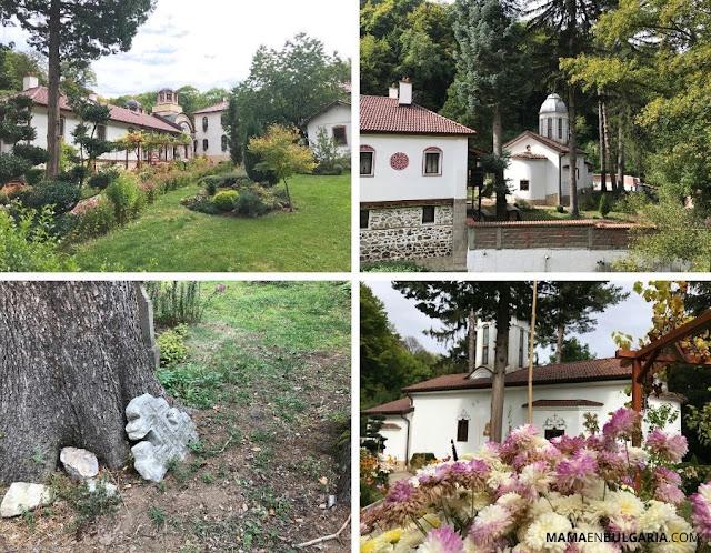 """Monasterio de Divotino """"La santísima Trinidad"""" Bankya"""