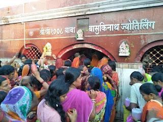basukinath-jalabhishek-somwari
