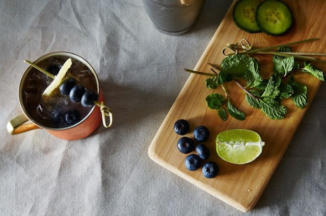 Blueberry Cucumber Moscow Mule #drinks #alcohol
