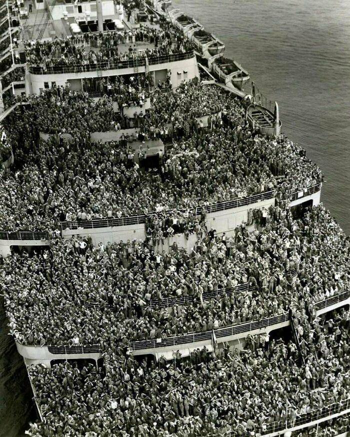 #27 Soldiers Returning Home From WWII, 1945