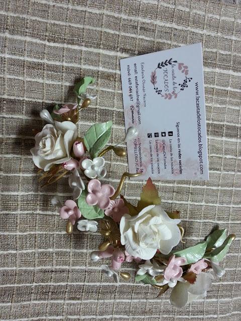 semicorona para novia estilo silvestre con porcelana y papel en tonos pastel
