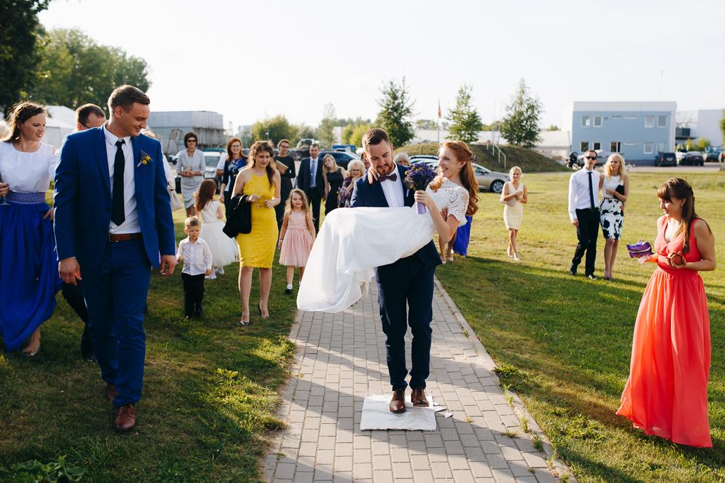 latviešu kāzu tradīcijas