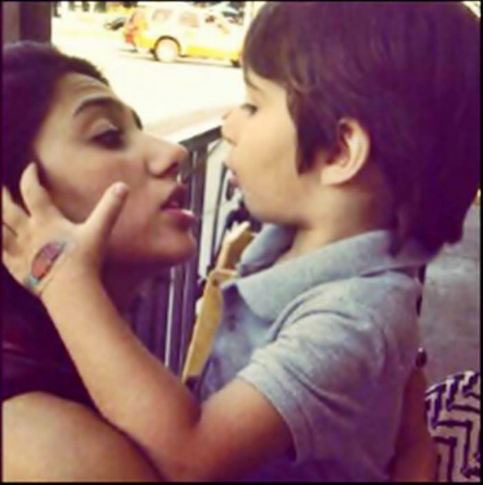 Mahira Khan with his son