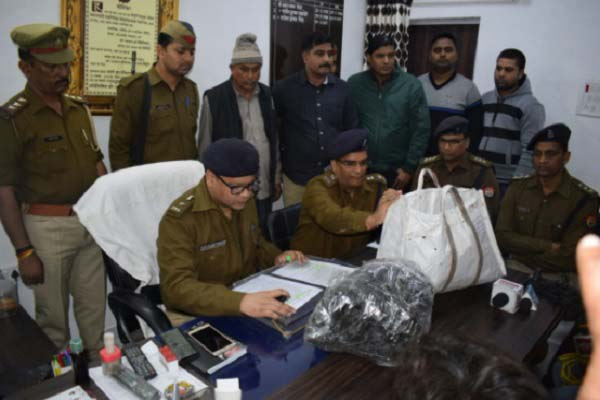 up-police-arrested-charas-taskar-with-15-kilo-charas-in-tuldala-dis