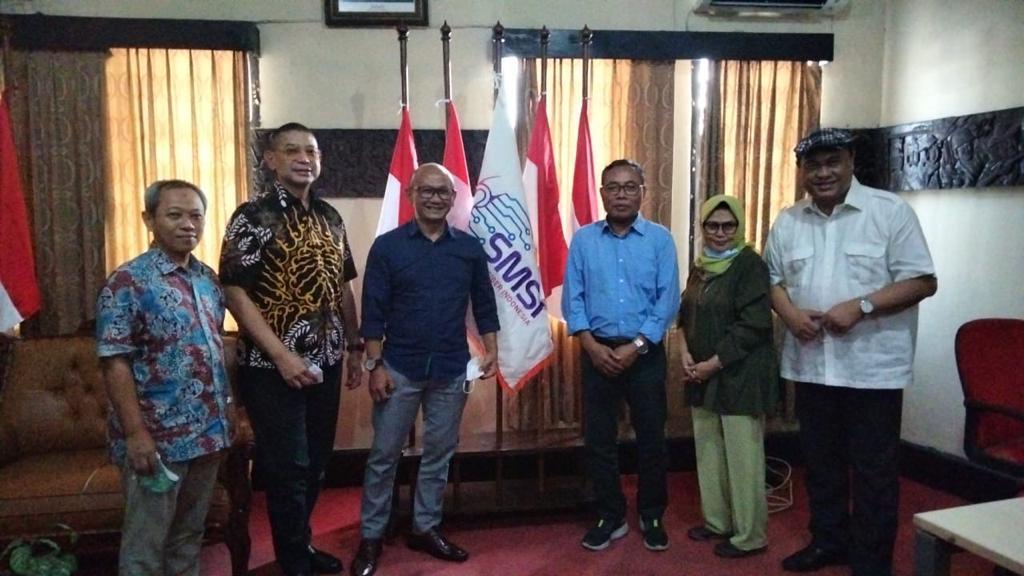 Kerjasama SMSI-UPDM (B) : Lembaga Uji Kompetensi Wartawan Harus Jalan