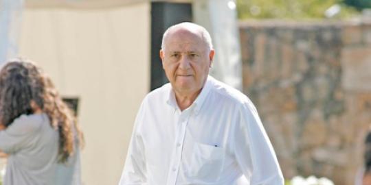 Amancio Ortega menjadi orang terkaya nomor 7 yang putus kuliah