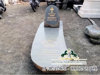 Kuburan dari batu Kali Minimalis
