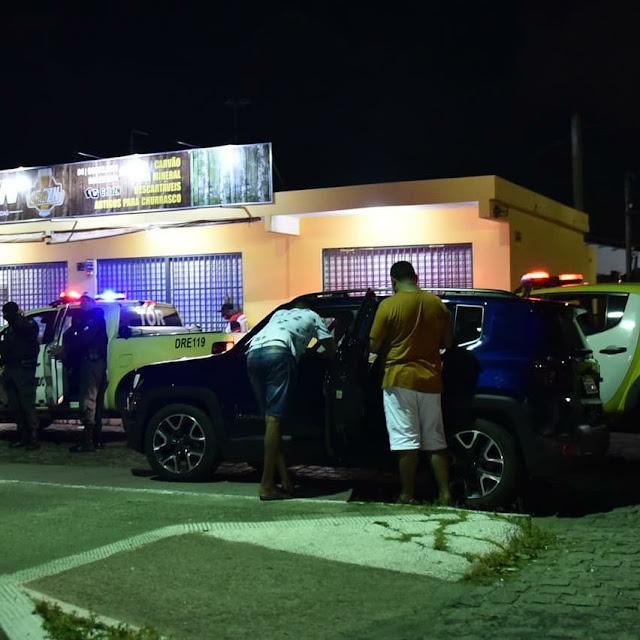 """Duas pessoas são detidas por desobediência ao """"toque de recolher"""" no RN"""