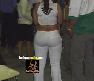 Mujeres nalgonas pantalon apretado