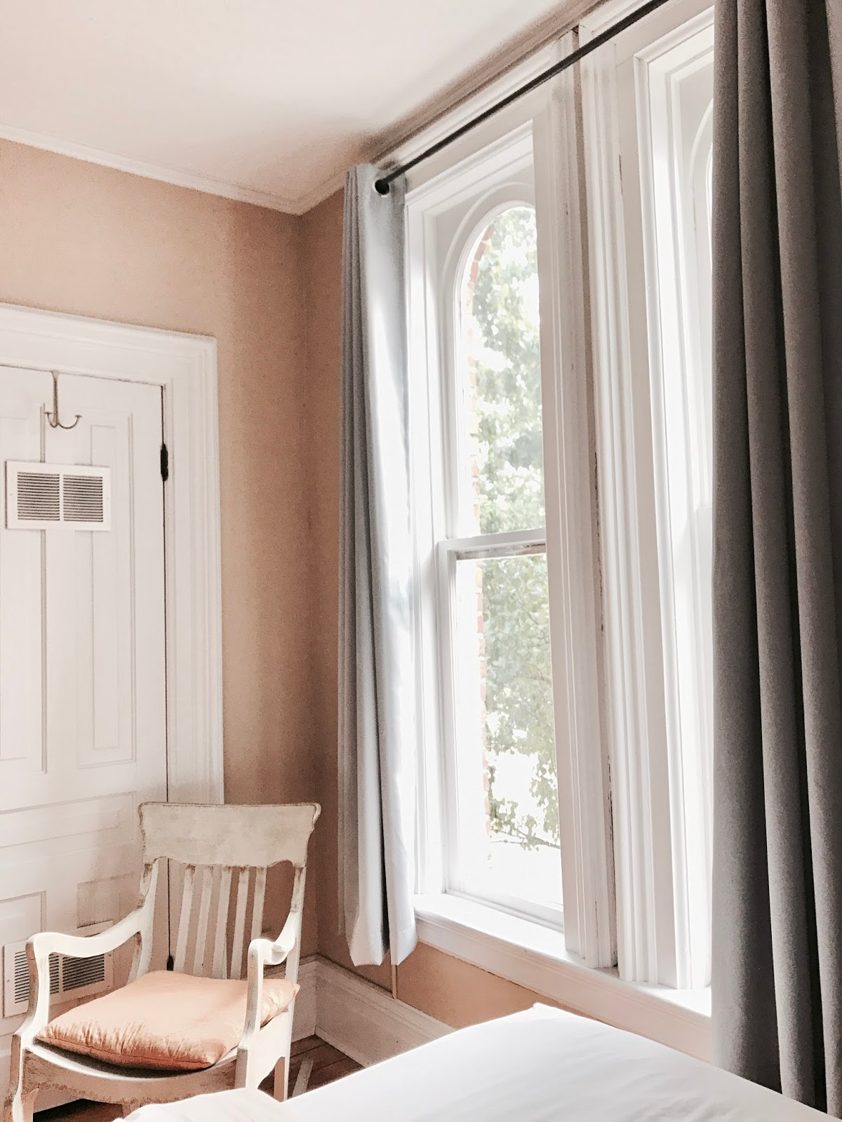 Bijuleni - Iron Kettle Bed & Breakfast Review