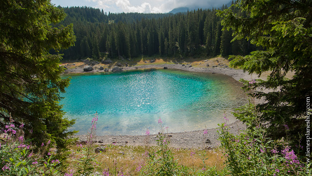 Visitar Lago di Carezza Karersee Dolomitas Italia viaje