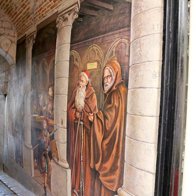 Les peintures de la ruelle des Neufliers à Laon.