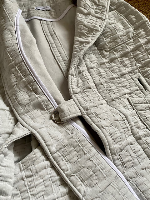 Diary of a Chain Stitcher: Closet Core Patterns Sienna Maker Jacket in Quilted Cloque from The Fabric Store