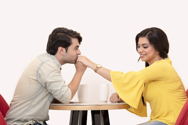 Dating Tips: Why do girls act 'stupid' on the first date, be careful because boys