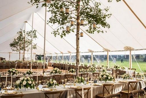 Wesele pod namiotem, wesele w namiocie, przyjęcie weselne pod namiotem, namiot weselny dekoracje, namioty weselne Kraków wynajem, namioty weselne Kraków wypożyczanie, namioty Kraków organizacja wesela, wesele plenerowe, wesele w plenerze, wesele w ogrodzie, wesele w oryginalnym miejscu, ślub w plenerze, blog ślubny, pomysły na ślub i wesele, dekoracje ślubne Kraków, Konsultanci ślubni Kraków, Winsa śluby, Winsa Wedding Planner Krakow