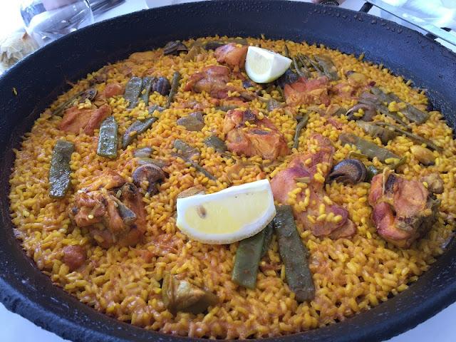 Paella valenciana del restaurante Ca´l Deu