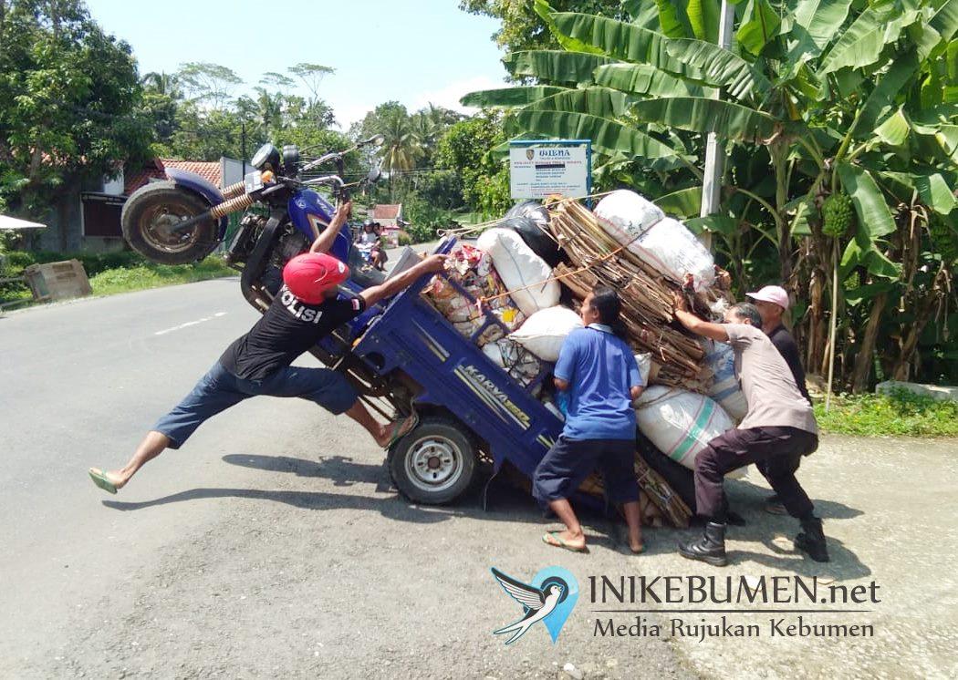Wow! Kelebihan Muatan, Kendaraan Roda Tiga di Adimulyo Auto Standing