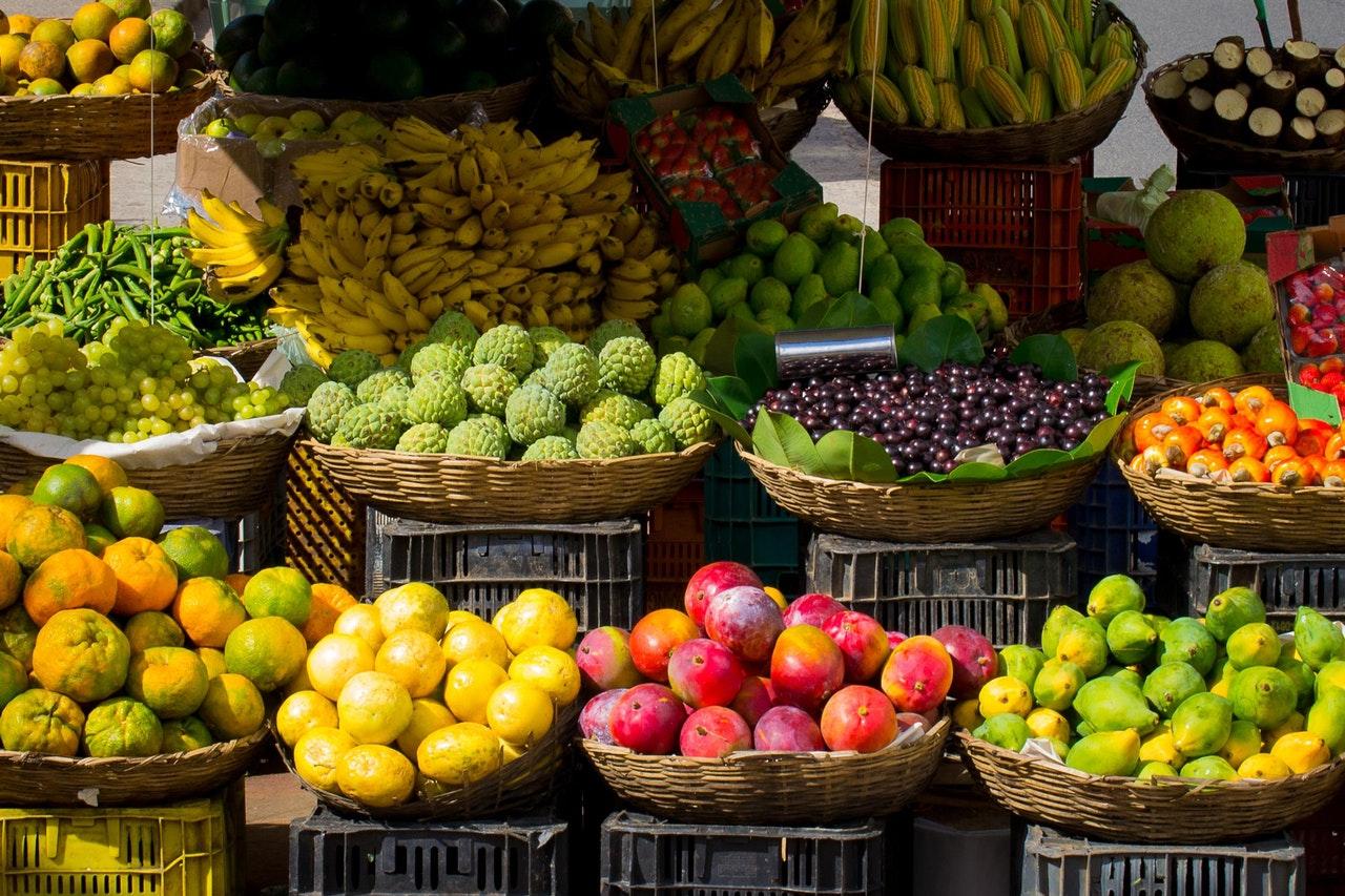 Makanan yang mengandung serat - buah buahan