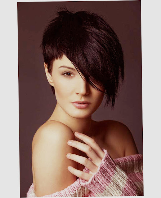 Short Hairstyles For Round Faces With Bangs Latest Image