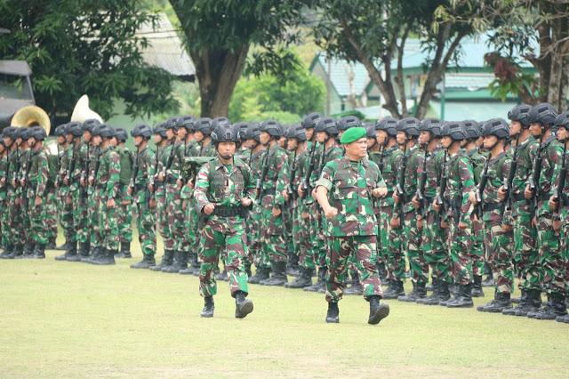 Terima Satgas Pamtas RI-PNG, Pangdam XVII/Cendrawasih Ingatkan Prajurit Kuasai Medan Kritis