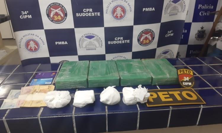 Droga que seria transportada de Barra da Estiva para Caetité é apreendida em Brumado