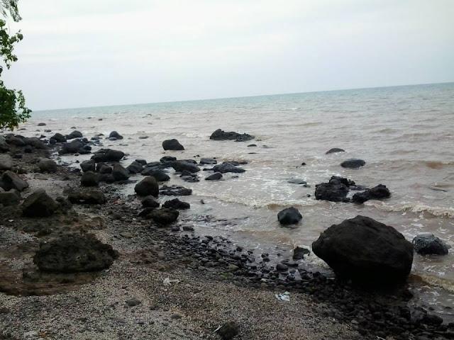 Wisata Pantai Celong Banyuputih Batang