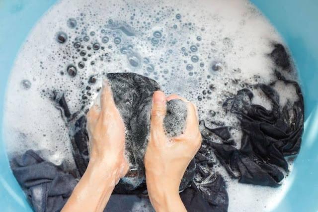 không giặt áo vest trong nước nóng trên 70 độ c