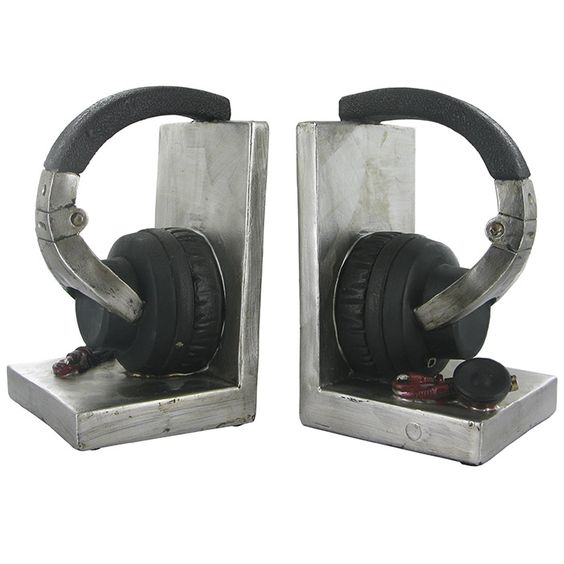 headphones book ends/shelf tidy