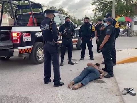 Investigan el homicidio de una mujer en Tulum tras ser detenida por la policía