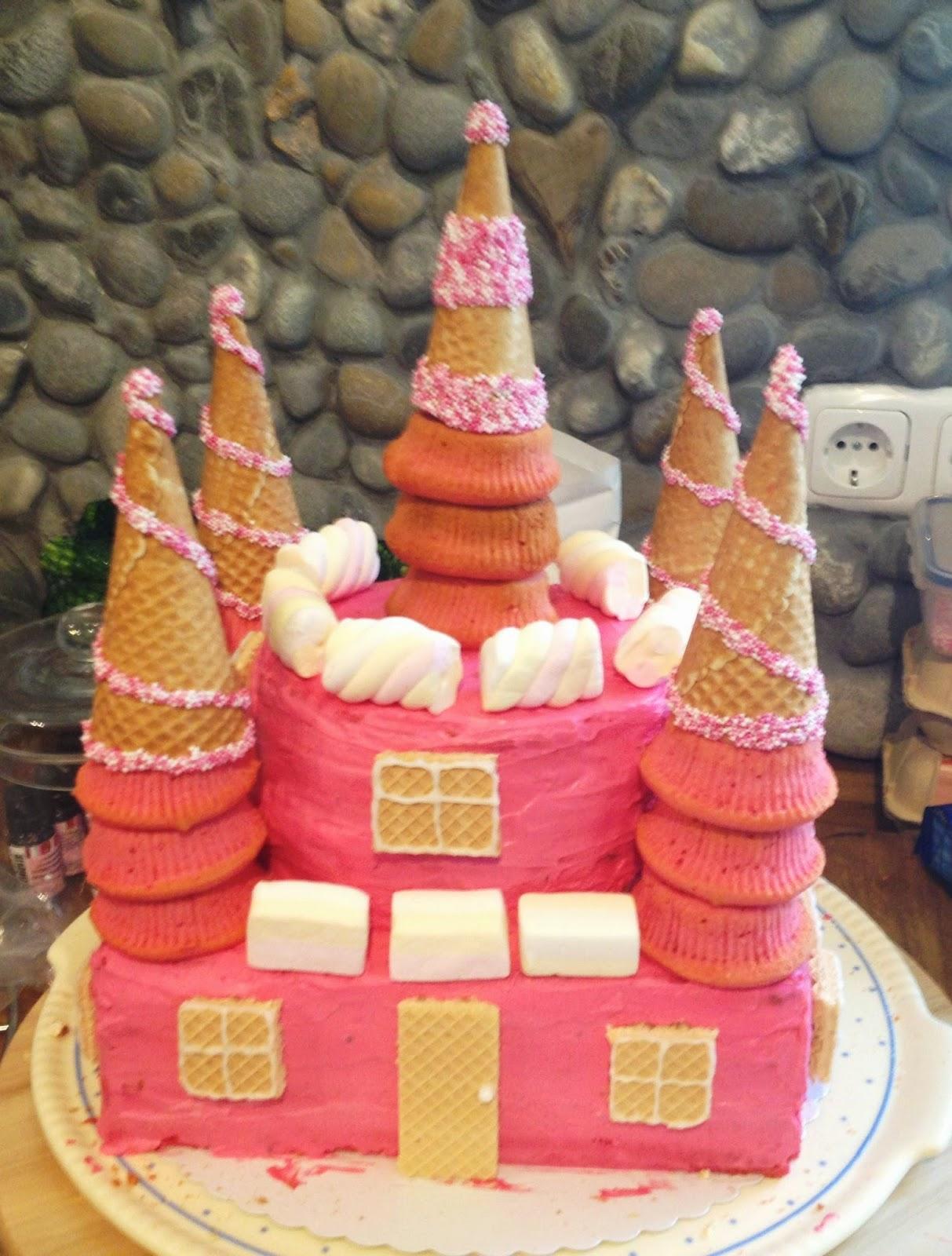 Wiithloove Prinzessinnenschloss Torte